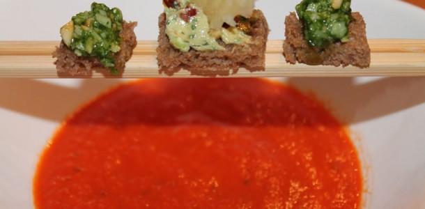 tomatensuppe klassiker der suppen raffinierter zubereitet. Black Bedroom Furniture Sets. Home Design Ideas