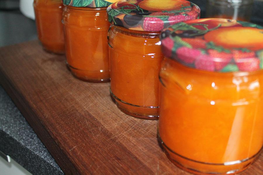 aprikosen marmelade meine rezept von dieser herrlichen marmelade. Black Bedroom Furniture Sets. Home Design Ideas