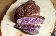 wagyu-kobe-beef-aufgeschnitten